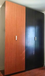 Armoire penderie PAX (Ikea)