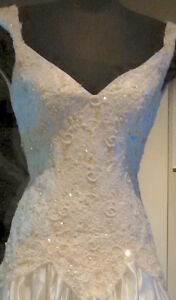 Size 6-8 Ivory Drop Waist Wedding Dress