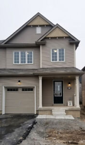 Townhouse Niagara Falls FOR LEASE Family Community Brand New
