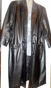 Vtg LONG BLACK LEATHER TRENCH COAT UNISEX XL XXL 18 20 Oakville / Halton Region Toronto (GTA) image 1