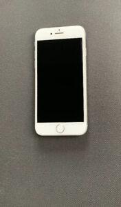 iPhone 8. 32 GB - $675obo