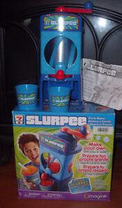 Umagine 7-Eleven Slurpee Maker