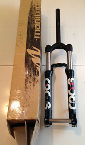 Manitou Circus Comp Forks