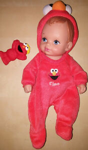 WATER BABY DOLL - ELMO OUTFIT