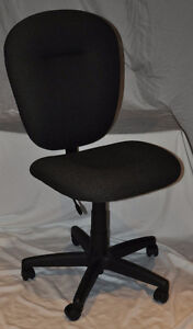 Mid-Back Graphite Grey Task office Chair