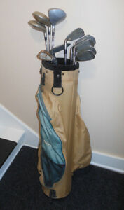 """Full Set of Women's """"Spalding"""" Golf Clubs With Bag"""
