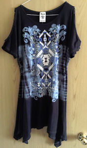 Vocal tunic top