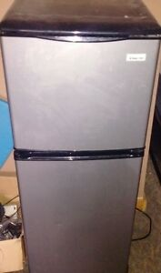 Magic Chef 4.0 cu. ft. mini fridge