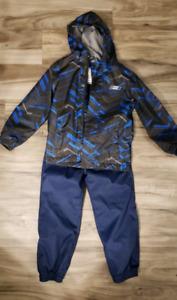 Size 4/5 Fall Rain Suit - Excellent Condition