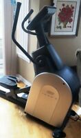 Reebok 1000X  ELLIPTICAL MACHINE