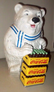 A NICE 2000 COCA-COLA  WHITE BEAR COOKIE JAR.   IN VERY NIC