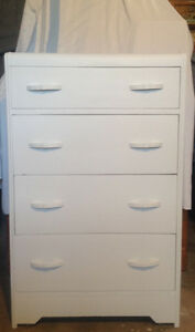 4-drawer dresser ***SOLD PPU***
