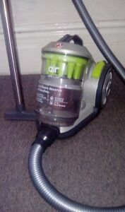 Windtunnel Air Bagless Canister - Hoover vacuum London Ontario image 1