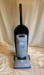 Reconditioned Dirt Devil Bagged Upright Vacuum Cleaner