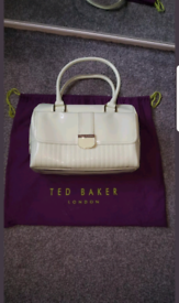 940d605db54 Used Women's Bags, Handbags & Purses for Sale in Old Trafford ...
