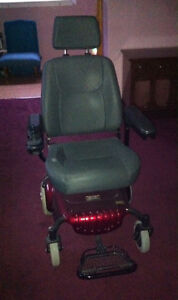 Rascal 320 power chair.
