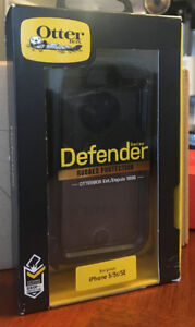 OtterBox DEFENDER SERIES Case for iPhone 5/5s/SE - Retail Packag