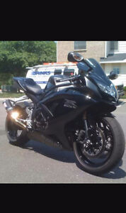 Clean gsxr for quick sale. Moving away need gone asap.