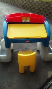pupitre little tikes