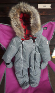 Moving Sale in Winlaw: Toddler/Baby Snow Suit (size ) $20