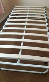 Foldable single bed