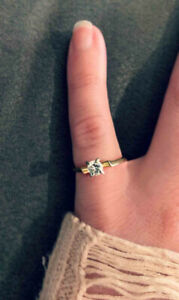 14-18k gold engagement ring