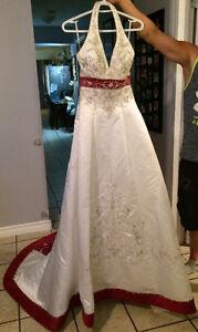 Beautiful wedding dress  Fredericton
