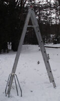 Combination Step ladder/Extension ladder W/stabilizer & arms