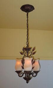 Luminaire suspendu en laiton couleur bronze