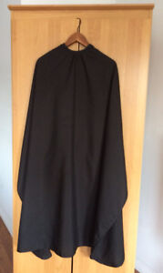 Unisex Hairdressing Gown / Barber's Cape