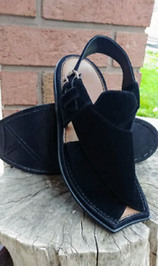 Men's Sandal (size 10)