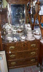 Antique  3 drawer Dresser w Mirror