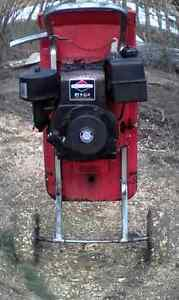 Wood chipper Mulcher supper tomahawk West Island Greater Montréal image 1