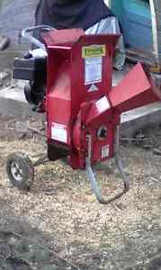 Wood chipper Mulcher supper tomahawk West Island Greater Montréal image 2