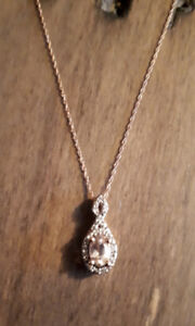 16 inch - 10k rose gold necklace with rose gem stone pendant