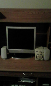 COMPUTER MONITOR WITH SPEAKERS
