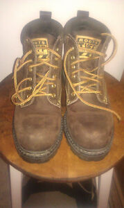 Roots boots- Tuff