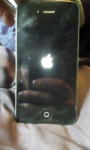 16GB Iphone 4S for sale! Great condition!