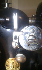 Antique electric Singer Sewing Machine $100 OBO Peterborough Peterborough Area image 10