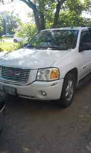 ** Price Reduced!!**Good shape 2005 gmc envoy