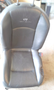 Infiniti Fx 35 black leather seats
