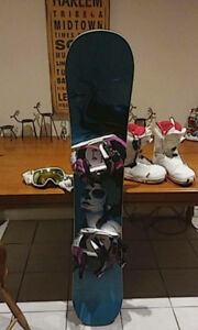 arbor board ...boots Goggles and bindings