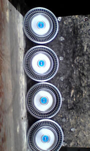 14 inch Cougar hubcaps