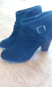 Black Le Chateau ankle boots