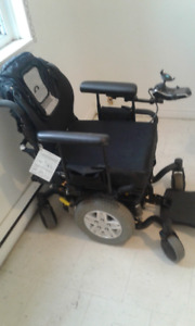 Quantum edge electric wheelchair with charger now $ 1000.00