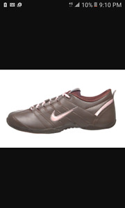 woman's nike air size 7