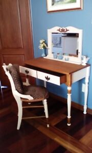 Antique table coiffeuse maquilleuse condition impeccable