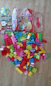 Mega bloks, includes in the night garden set