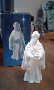 AVON Nativity Porcelain Set