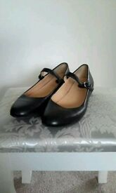 Clarks Black Mary Jane Style Dolly Shoes - Size 4